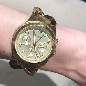 Michael Kors chain watch gold and tortoise